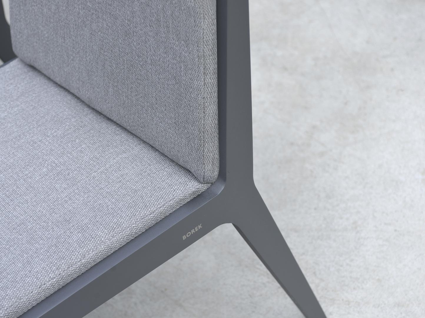 2018 Borek alu Boomerang chair Frans van Rens detail.jpg
