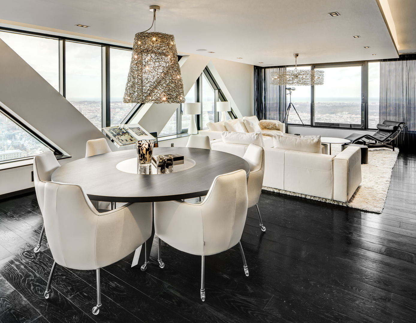 Private Interior Netherlands  Hollywood & Crystal Waters  02.jpg