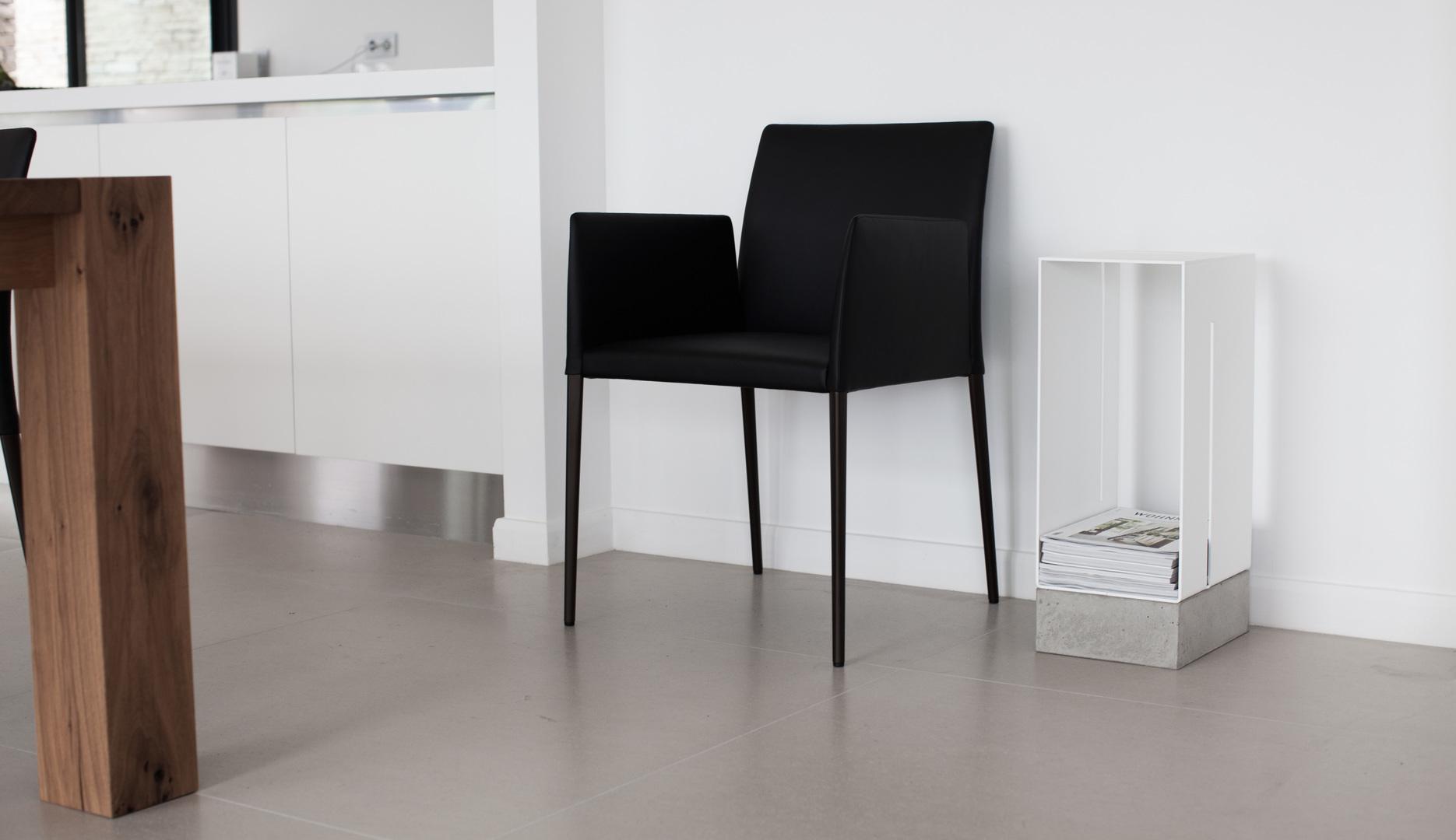 manhattan-low-cabinet-white_3.jpg