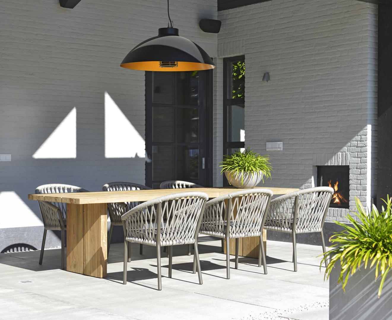 2019 Borek Ardenza belt Majinto chair Studio Borek - reclaimed teak Sevilla table Studio Borek (close-up)  (1).jpg