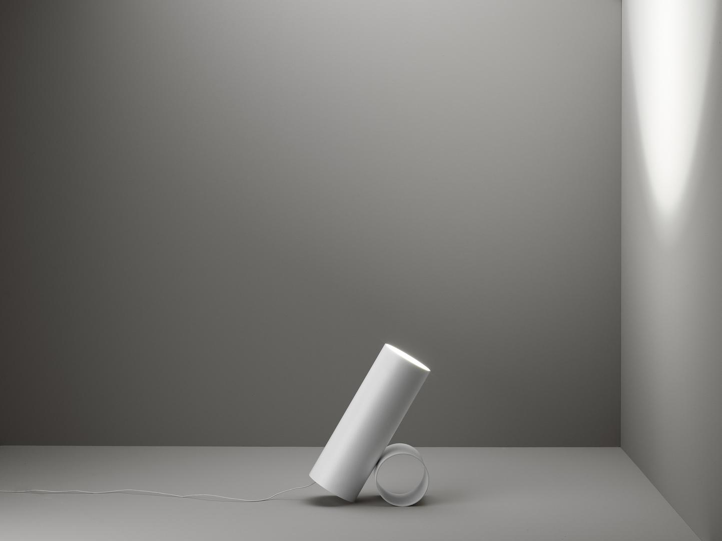 Savaru_bianco_su_fondo_posizione_C[1].jpg