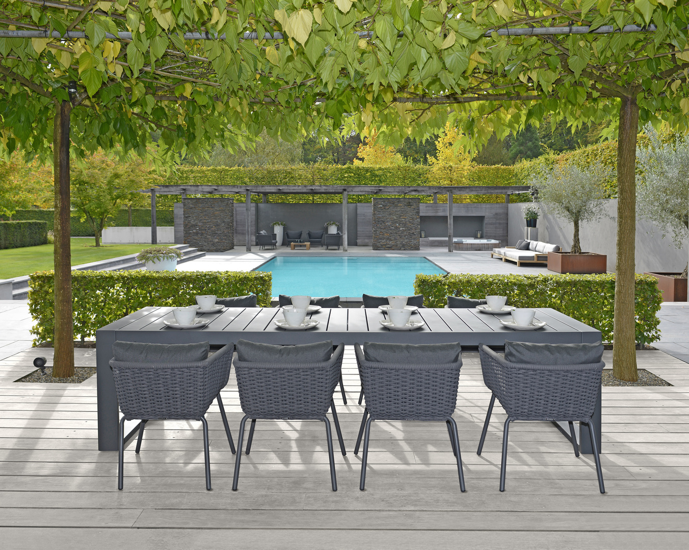 2018 Borek rope Valldemossa chair, lounge chair & sofa - alu Vitoria table - teak Cadiz daybed & coffee table Studio Borek.jpg