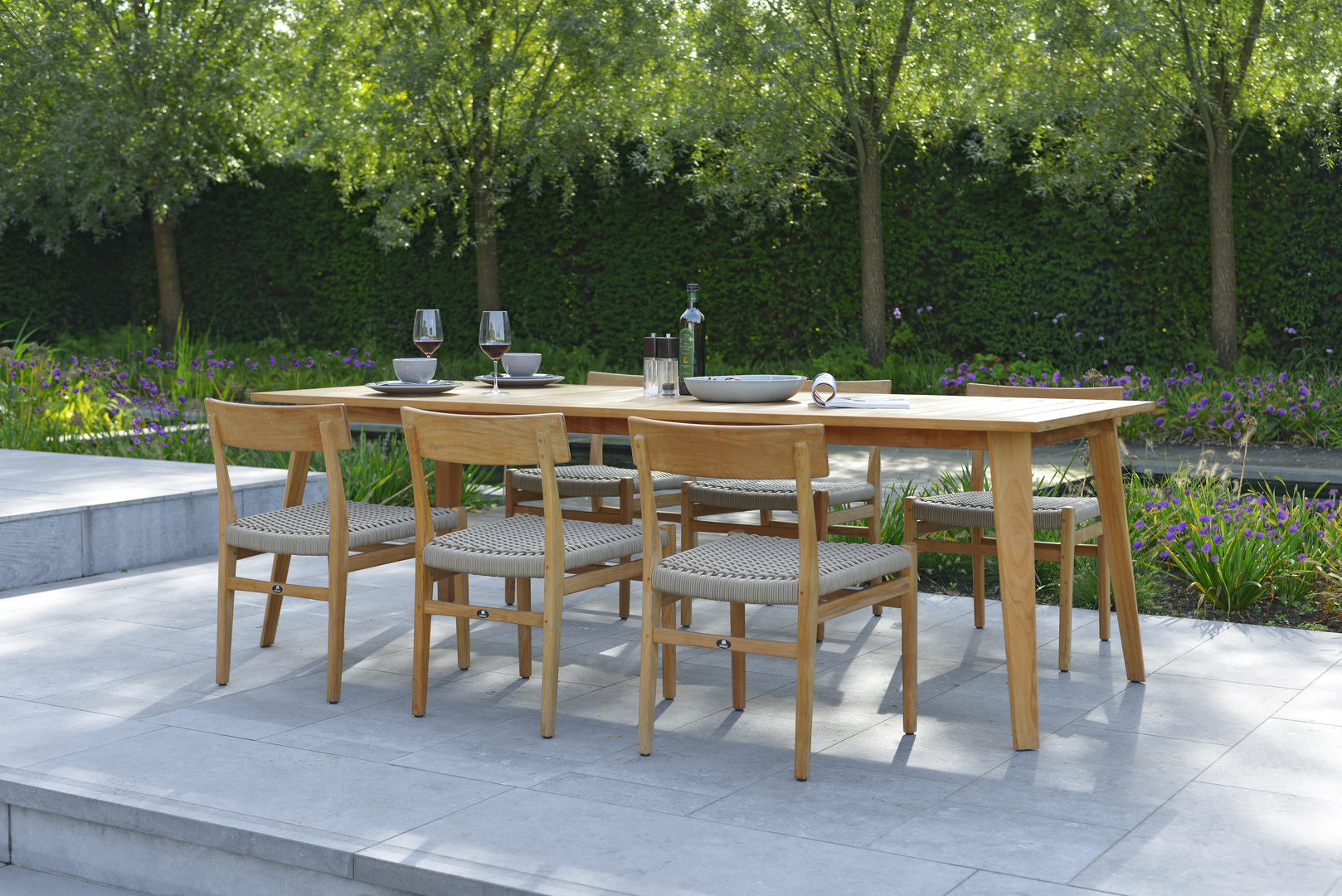 Borek Rope Verdasio chair without armrests Bellinzona  table.jpg