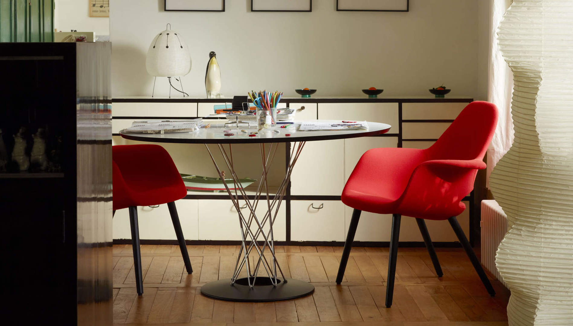 Vitra Dining Table1.jpg