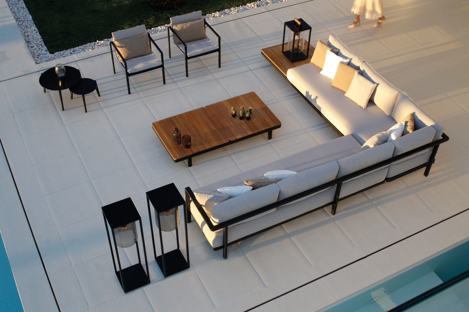 ALURA_Lounge2.jpg