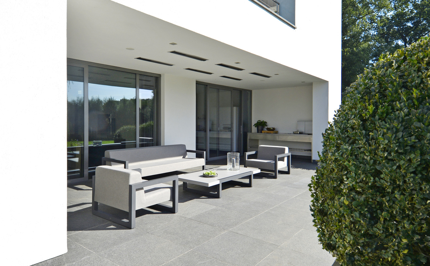 2017 Borek alu outdoor fabric Bergen lounge chair, sofa and coffee table (2).jpg