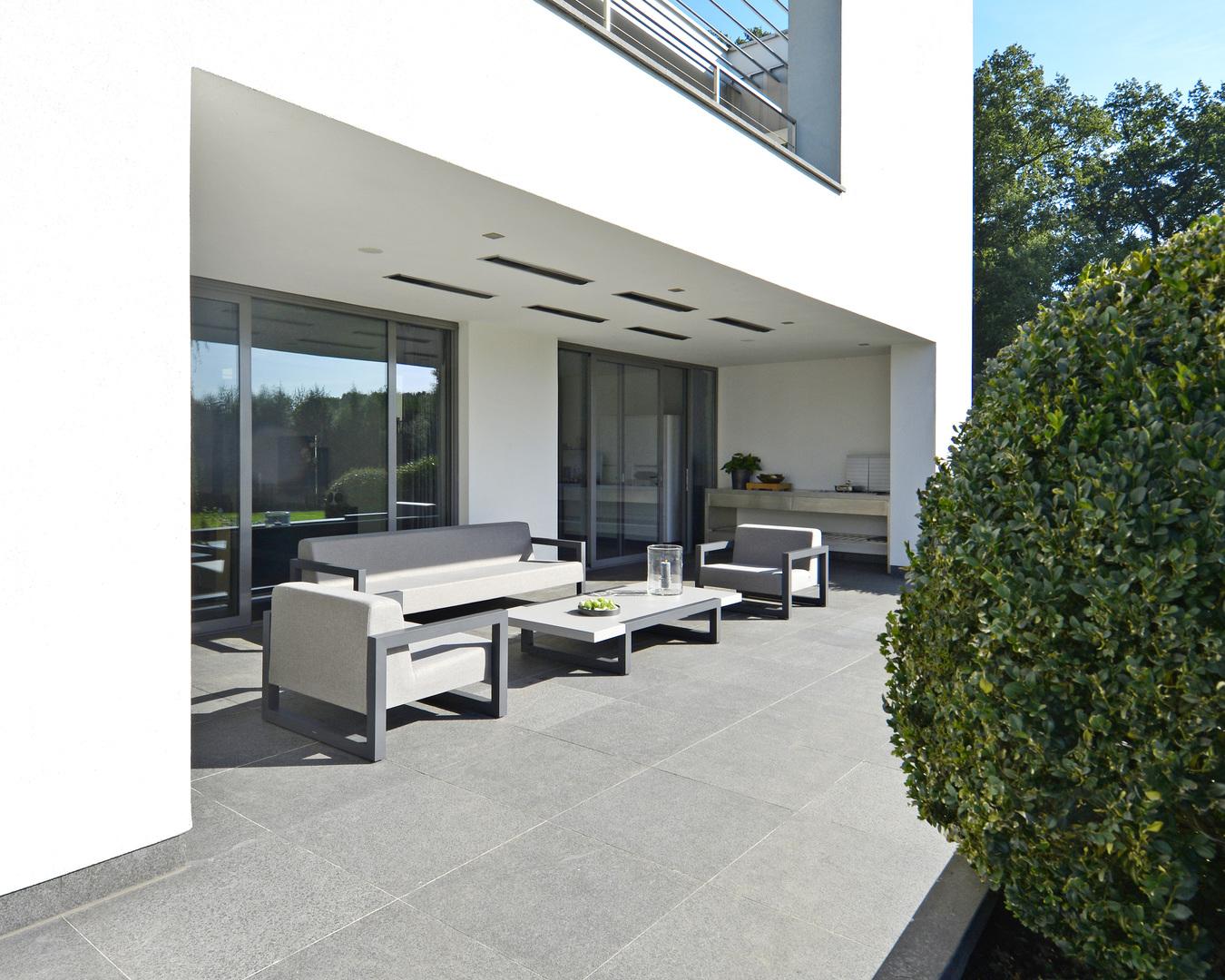 2017 Borek aluminium outdoor fabric Bergen lounge chair, sofa and coffee table (2).jpg