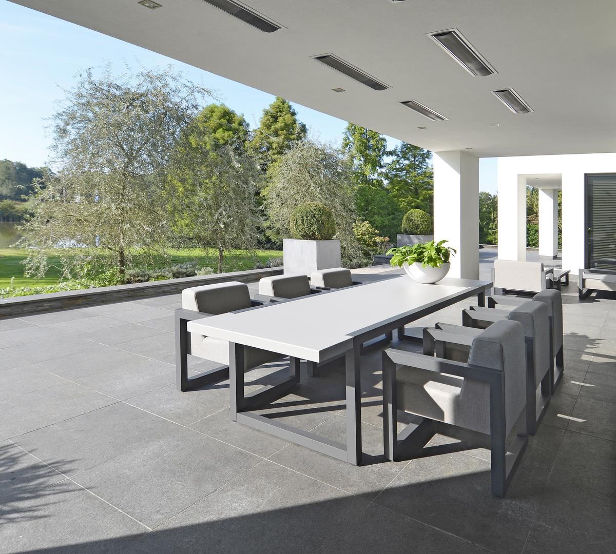 2017 Borek alu outdoor fabric Bergen dining chair - alu Bergen table.jpg