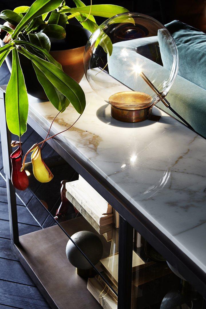 Gallotti & Radice Bolle Tavolo lamp sfeer.jpg
