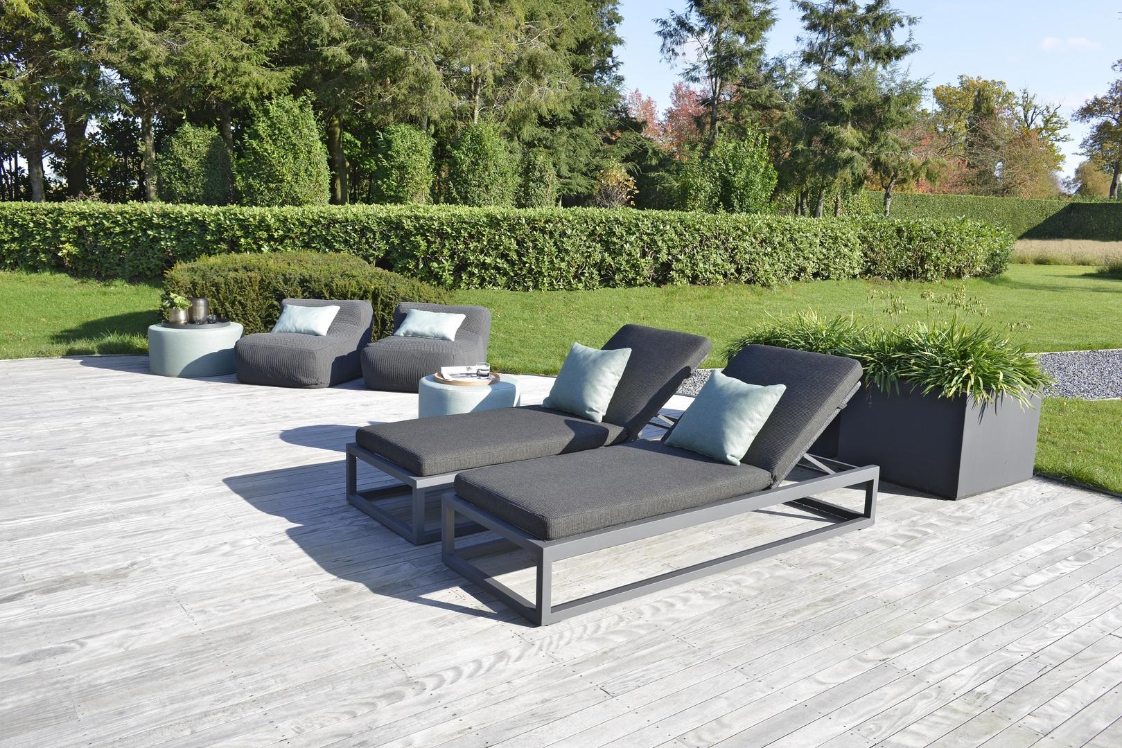 2021 Borek rope Calcara lounger dark grey & Leno bean bag anthracite - Sunbrella fabric Desio pouffes2.jpg