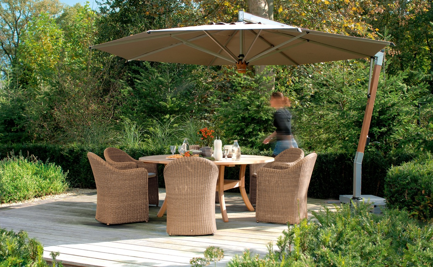 Borek side post parasol Capri Bali chair Siena table-1_preview.jpg