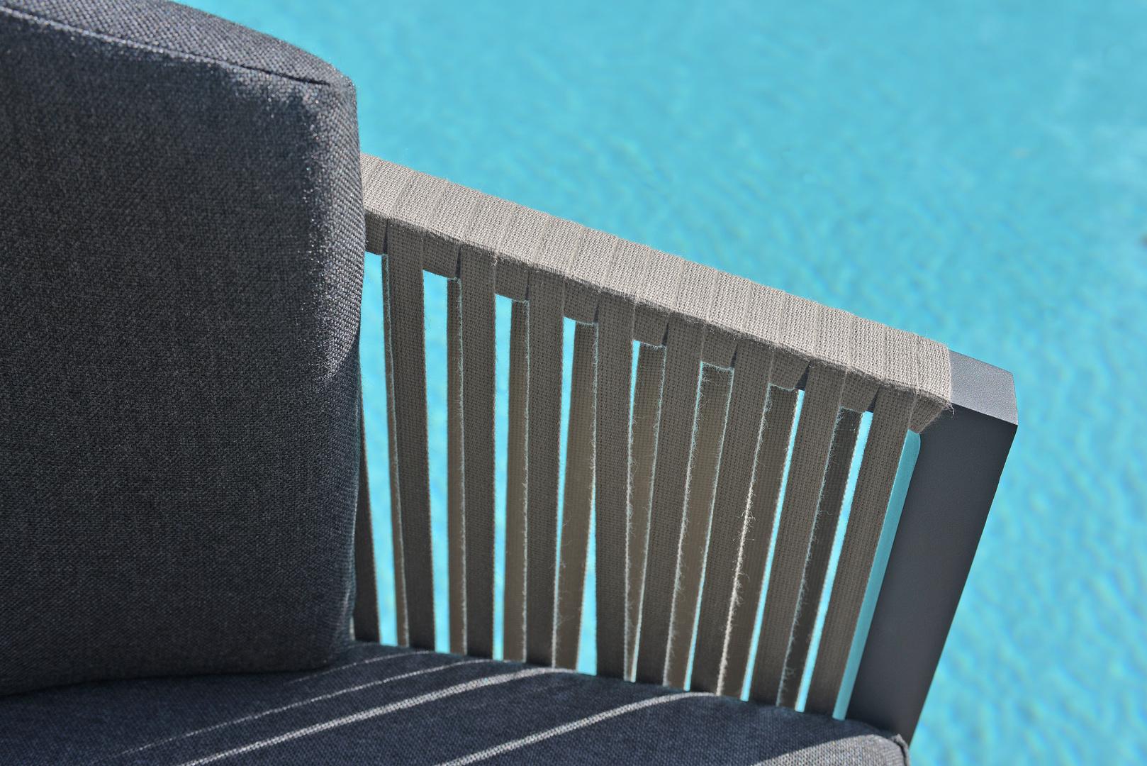 2018 Borek alu belt Cosenza chair Wolterinck detail.jpg