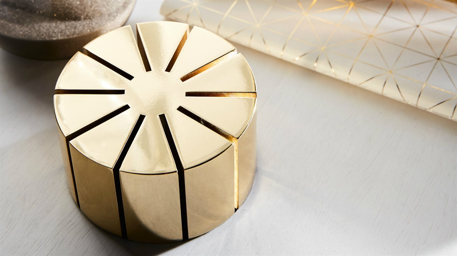 Gallotti & Radice desk card holder sfeer 2.jpg