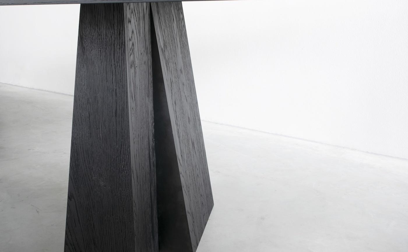ELI dining table - 10.JPG