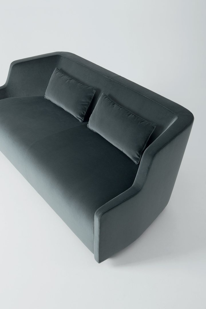 Gallotti & Radice First sofa 2.jpg