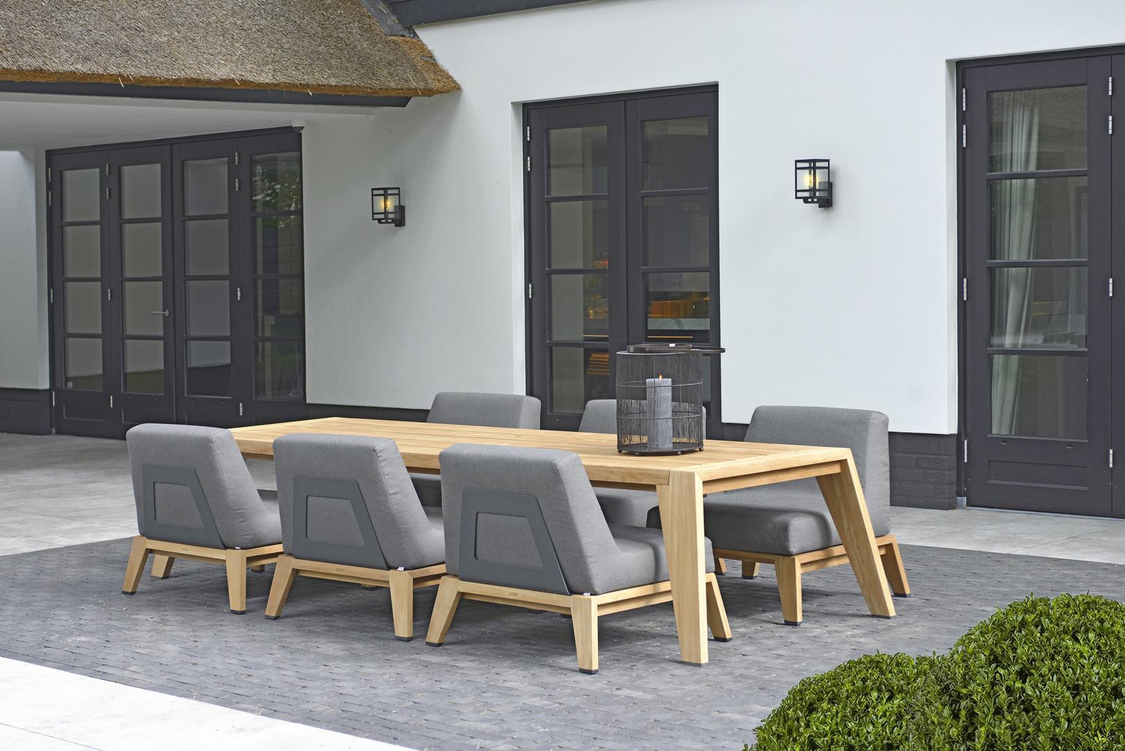 2020 Borek Teak Hybrid low dining chair anthracite & table Frans van Rens.jpg
