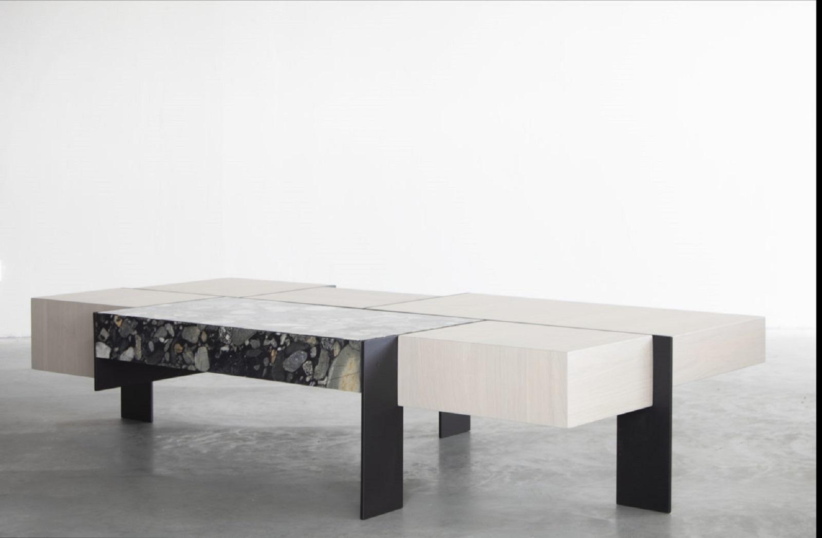 Kitale coffee table 4 klein.jpg