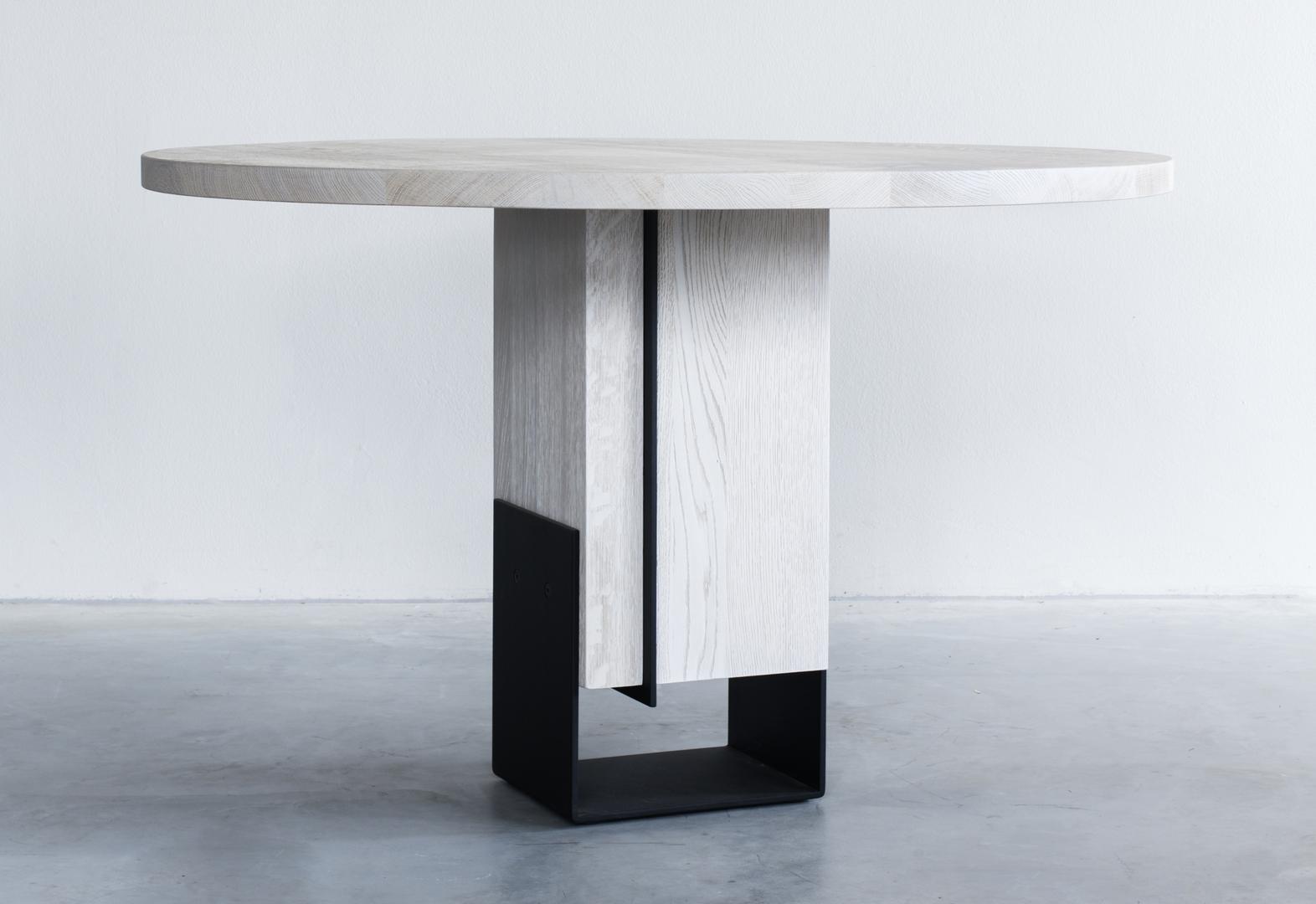 Kitale-round-dining-table-ronde-tafel-Rund-Esstisch-06.jpg