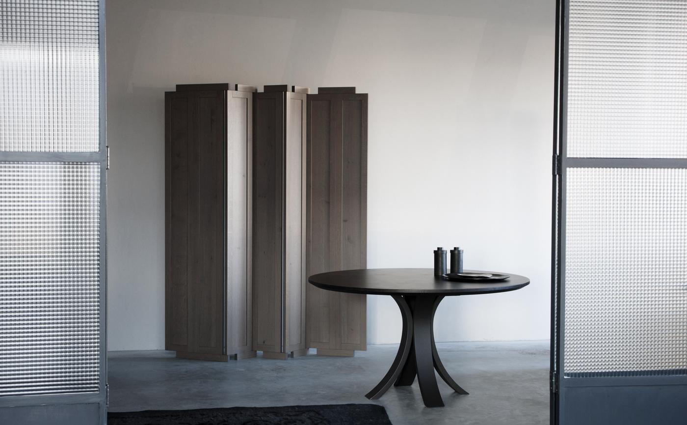 Kops Slim round table (2).jpg