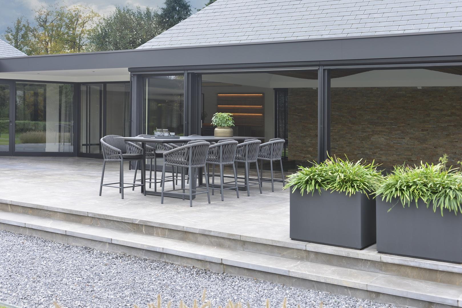 2021 Borek Ardenza belt Majinto high dining chair dark grey - Dekton Faro high dining table (2)2.jpg