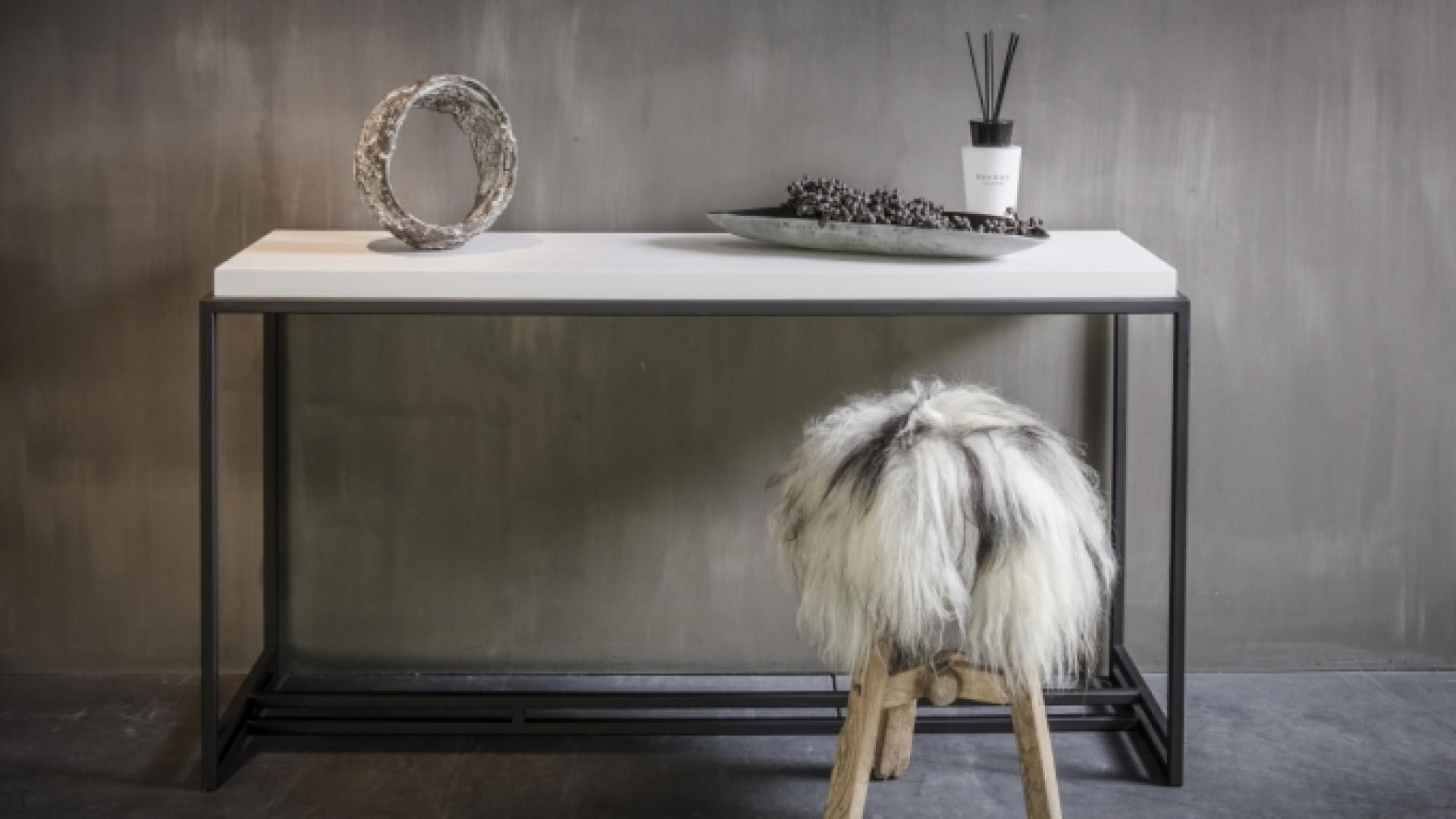 Nilson_Beds_Menton_side_table_white_oak.jpg