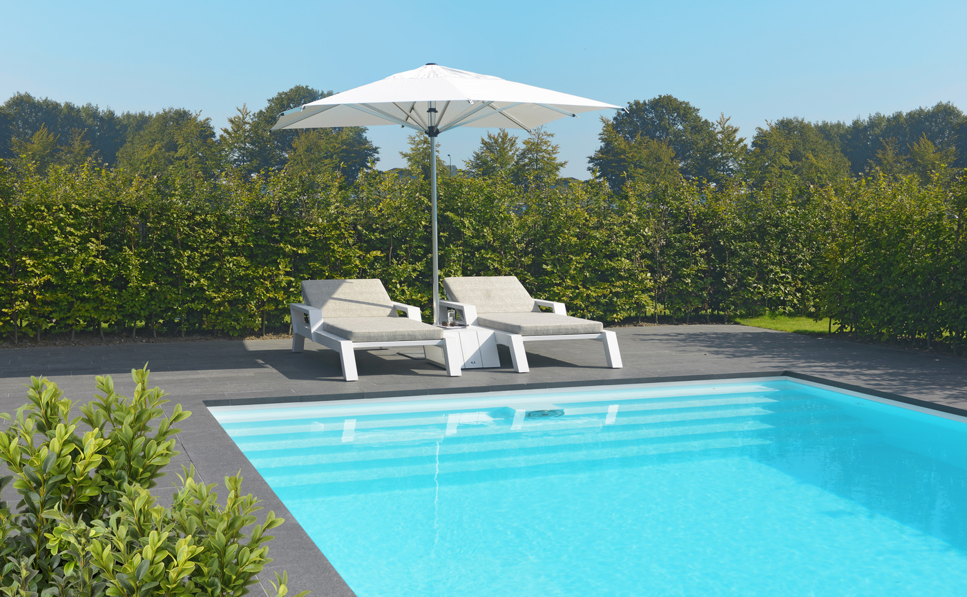 Borek Parasols Aluminium Reflex Viking lounger and side table.jpg