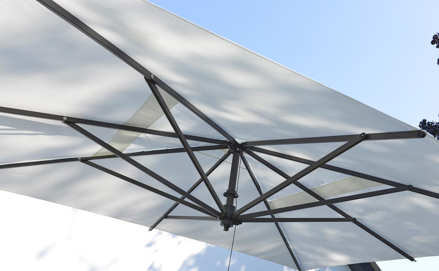 2017 Borek parasol Rodi detail (1).jpg