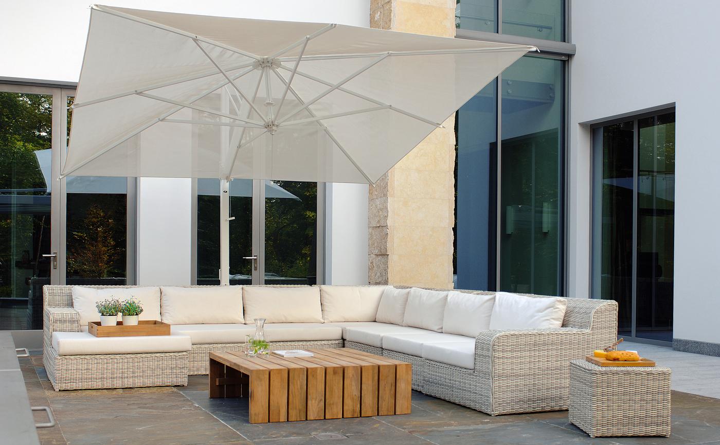 Borek Fibre Atlanta lounge Miami Beach Rodi parasol (1).jpg