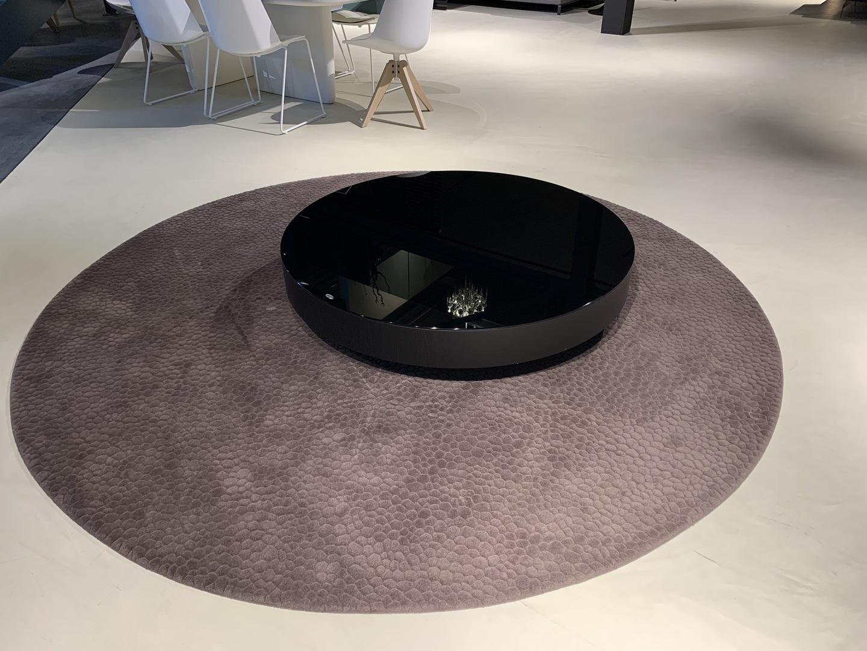 IMG-2777 (002).jpg paola lenti carpet met milton tafel.jpg
