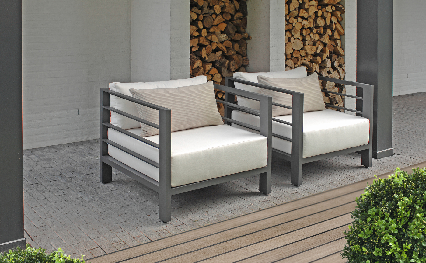 Borek Aluminium Horizon lounge chair.jpg