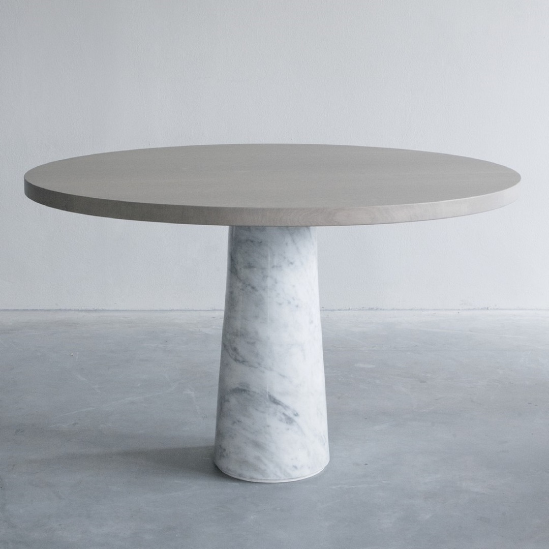 Stone table with Carrara marble (2) groot.jpg