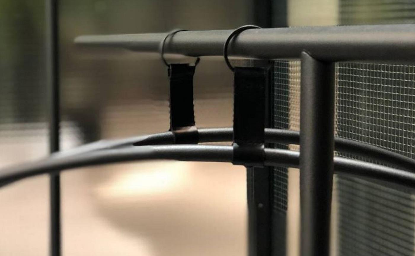 Tombo Hangers.JPG
