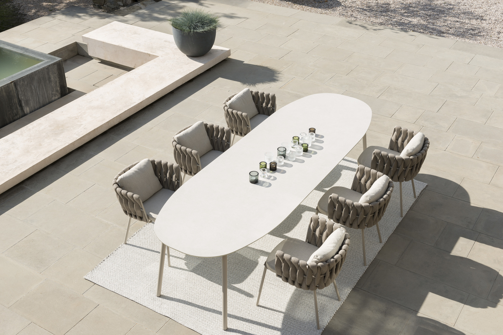 Tosca dining set 1.jpg