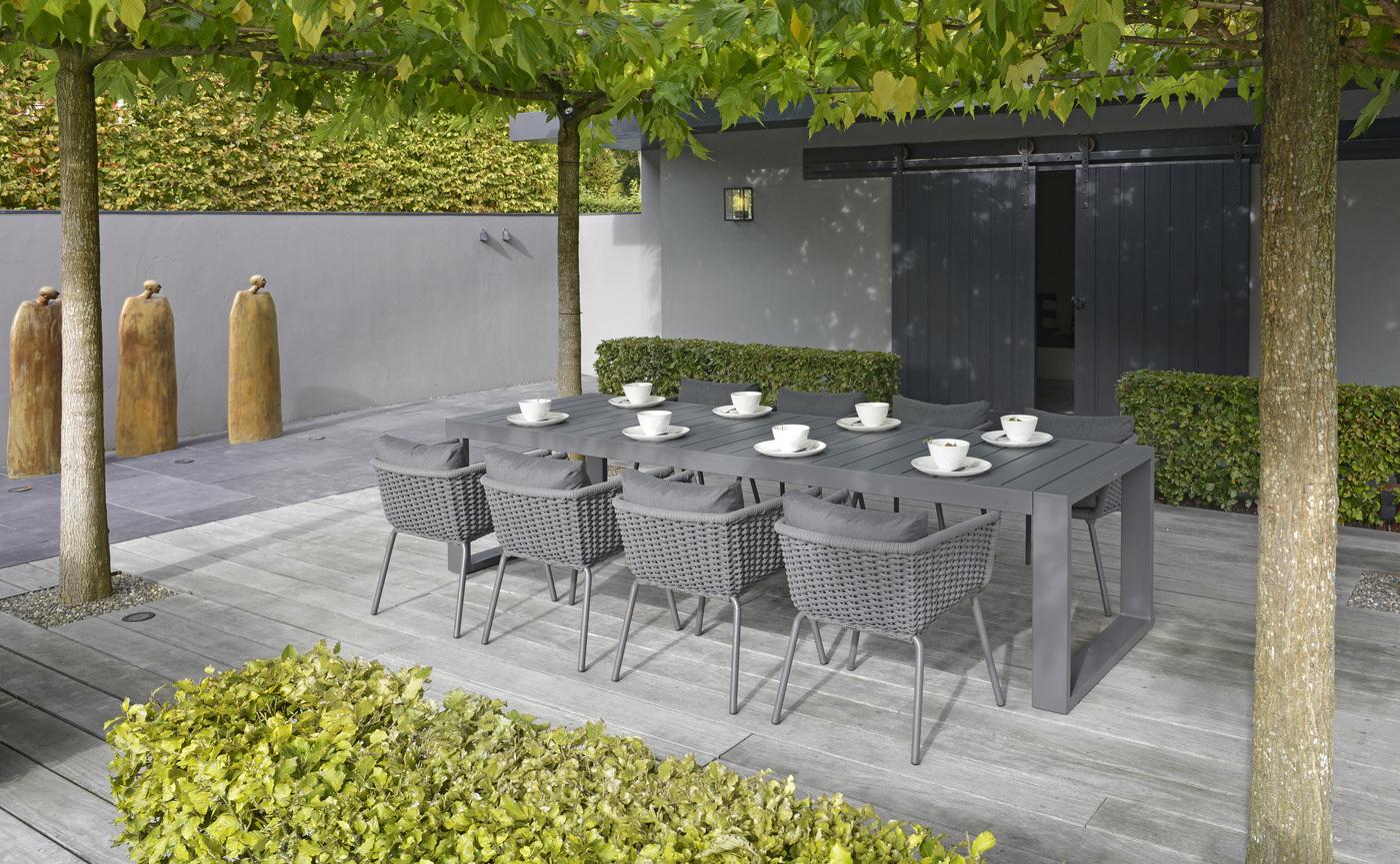 2018 Borek rope Valldemossa chair - alu Vitoria table Studio Borek.jpg