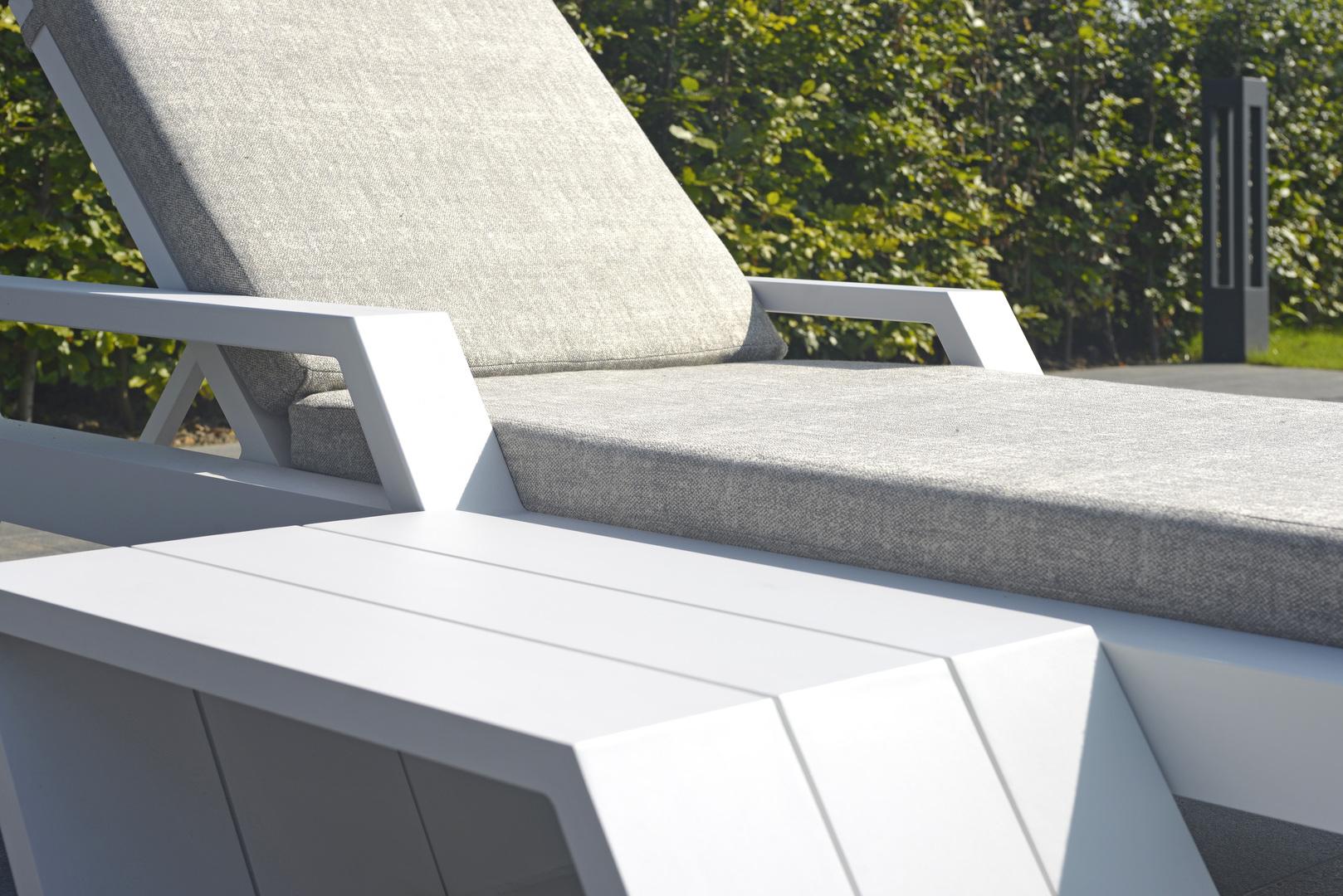 Borek aluminium Viking detail.jpg