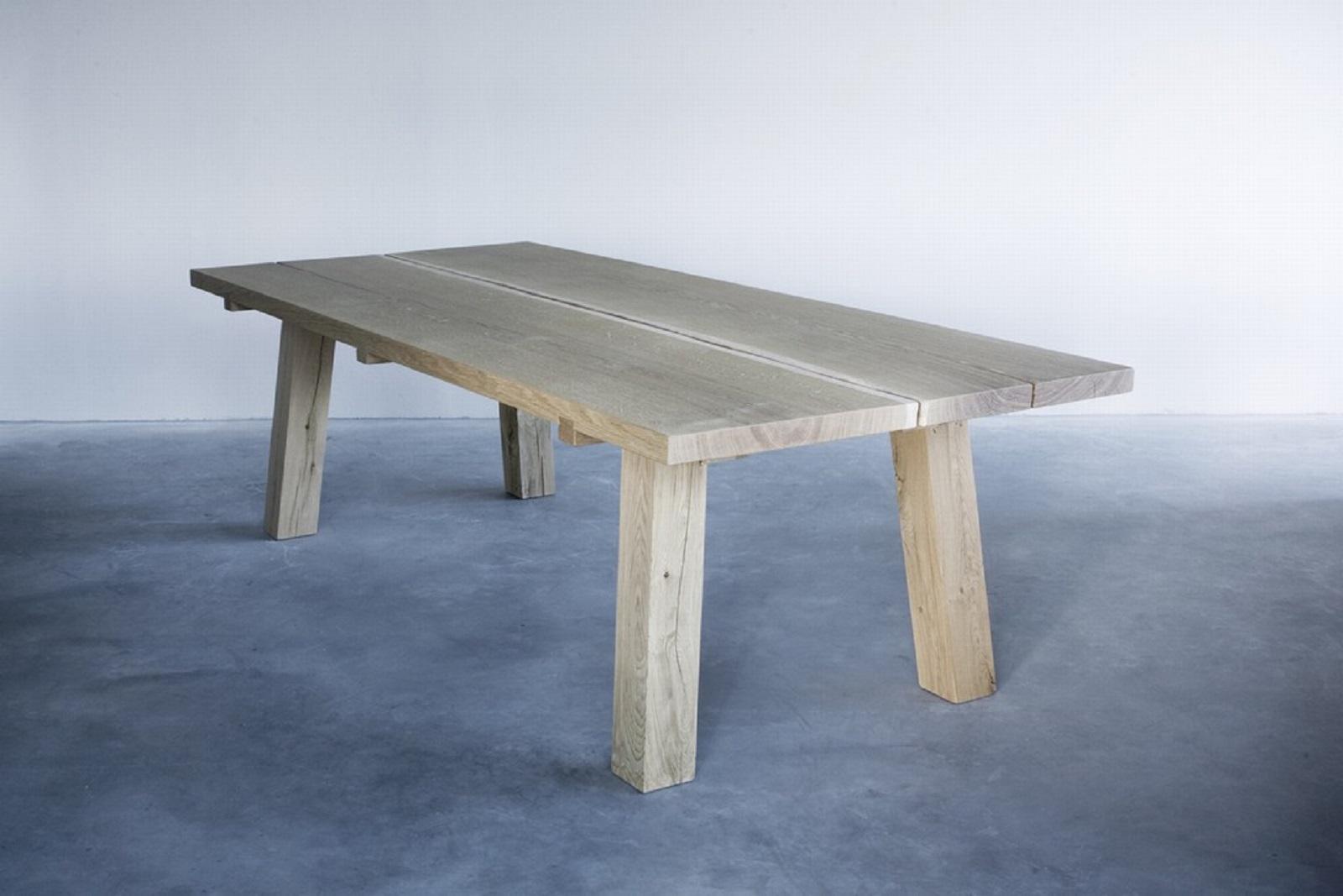 Woud table  (1) groot.jpg