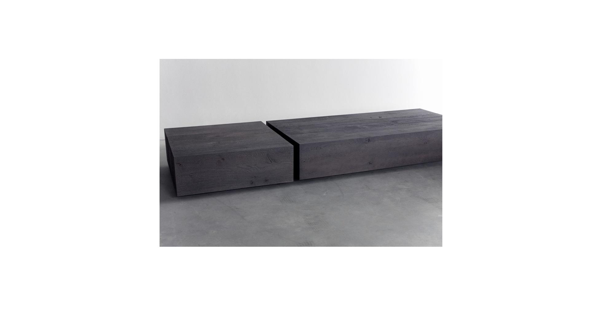 Common coffee table (3) klein.jpg