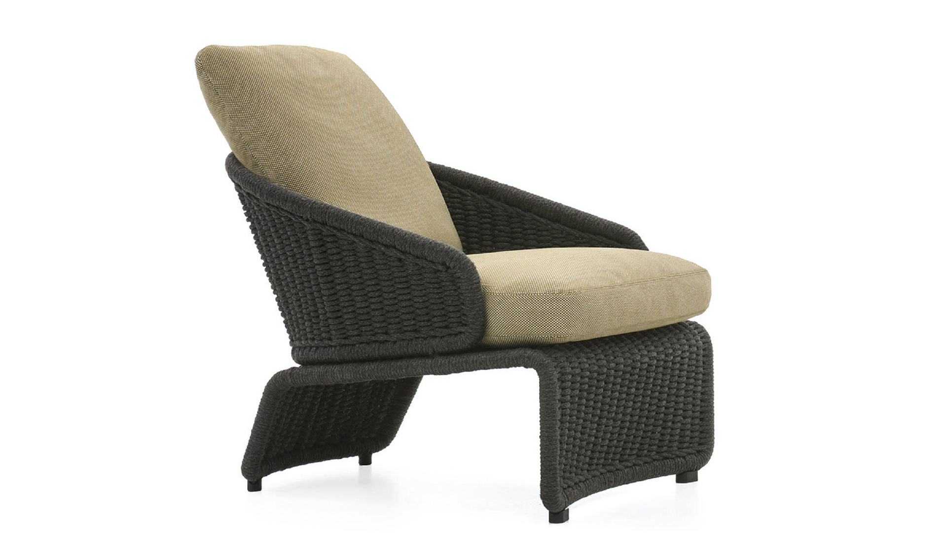 Halley Armchair1.png