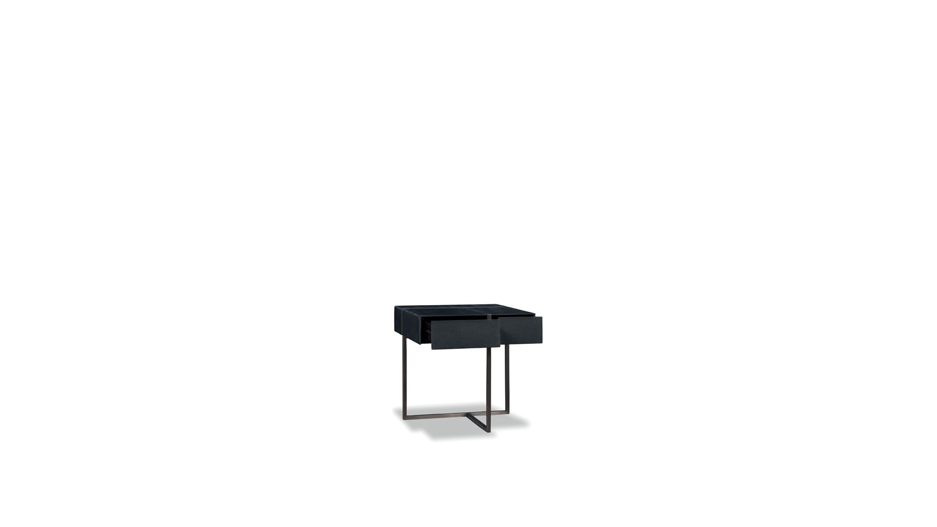 Night table icaro Baxter.jpg