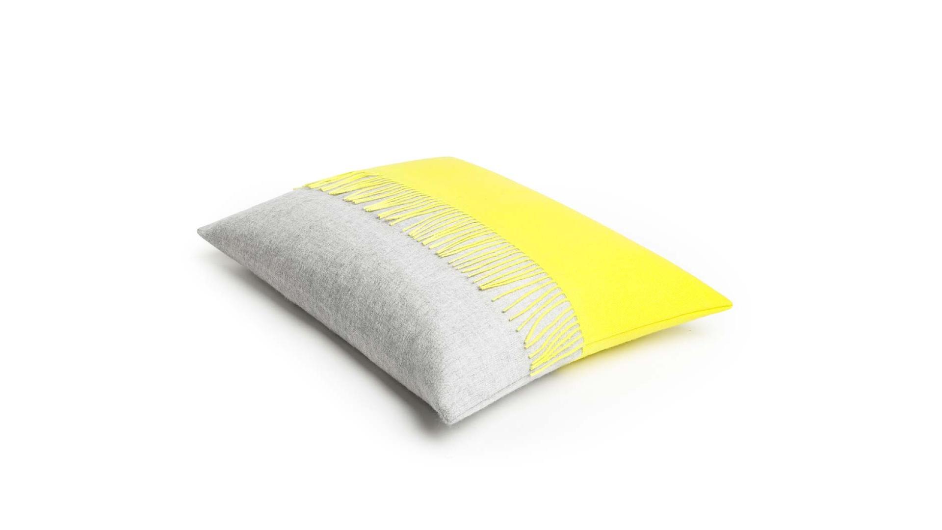 Jazz deco cushion yellow.png