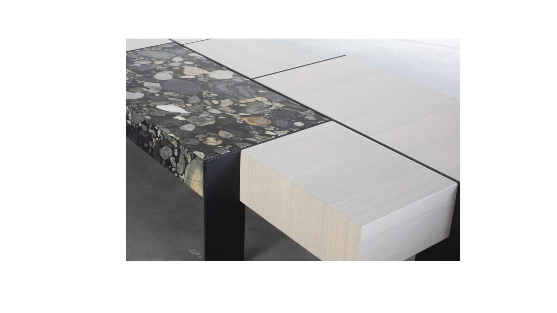 Kitale coffee table 5 groot.jpg