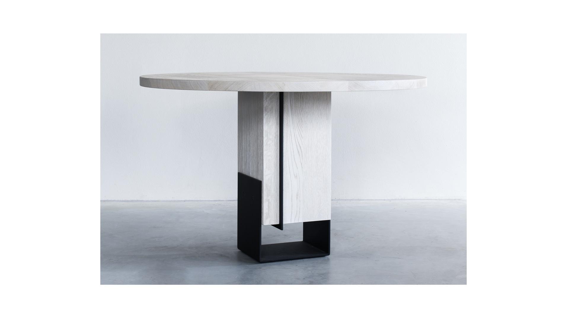 Kitale-round-dining-table-ronde-tafel-Rund-Esstisch-06 klein.jpg