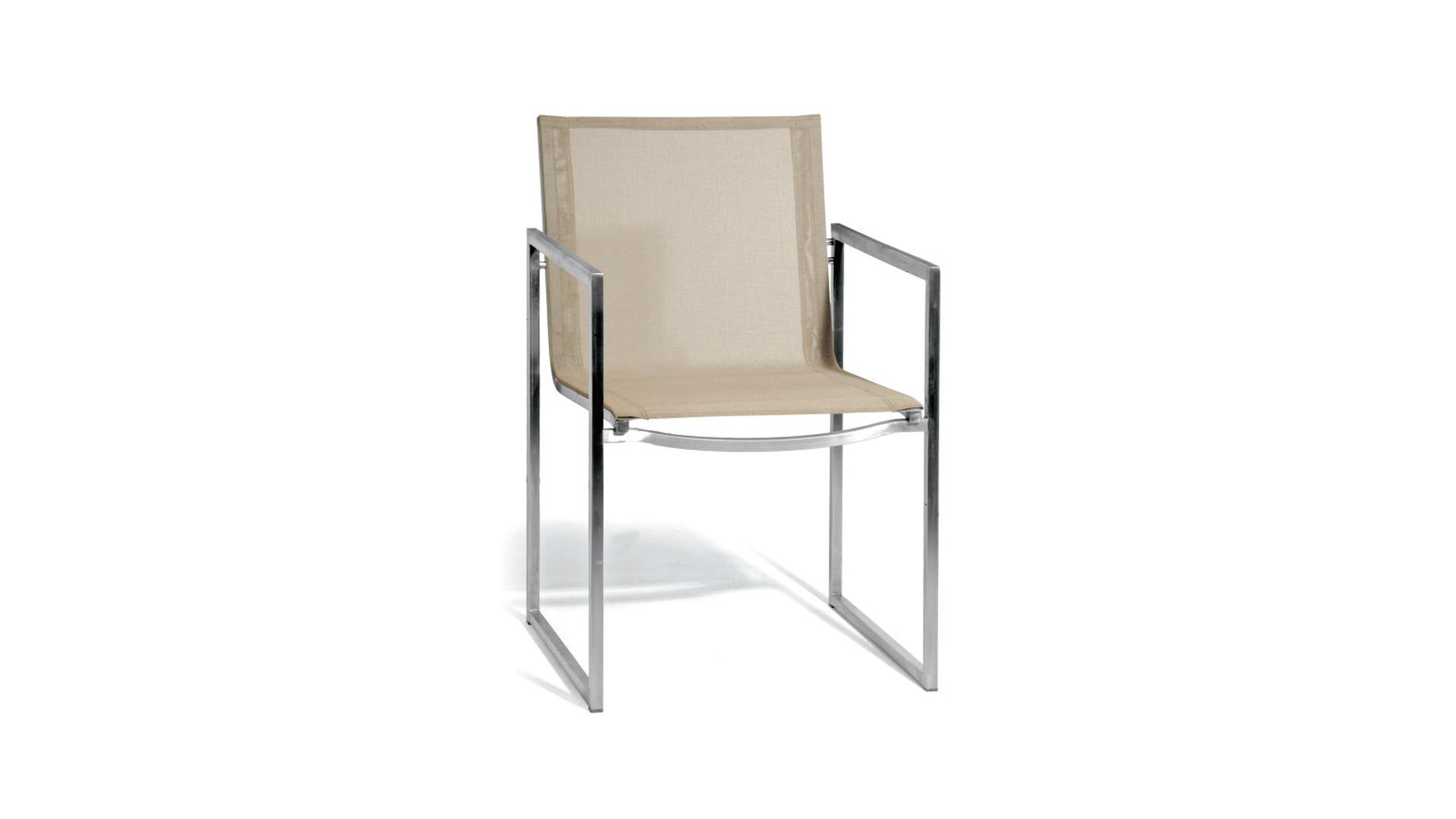 Latona chair.png