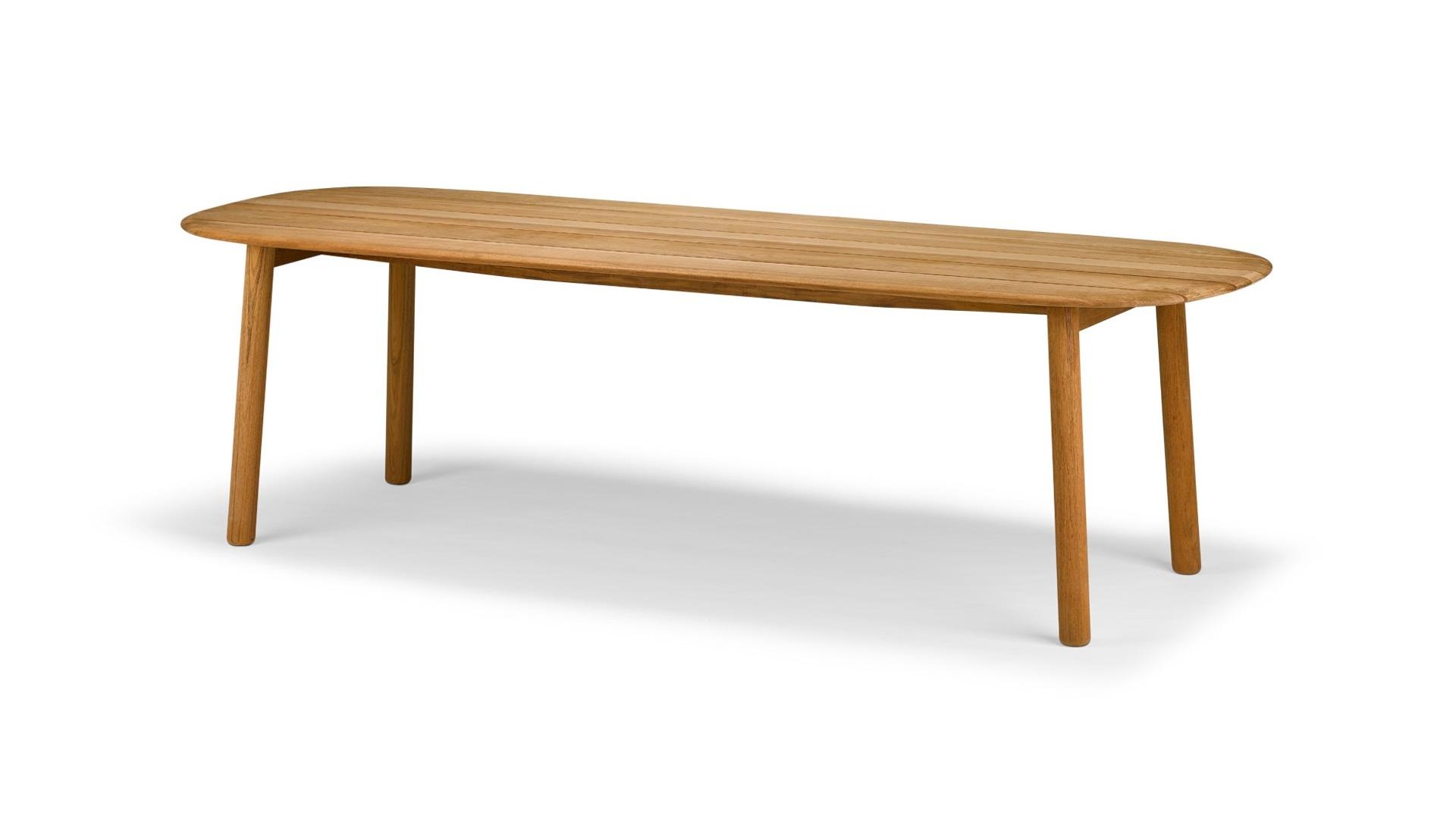 DEDON-Mbrace-Dining-table-270La.jpg