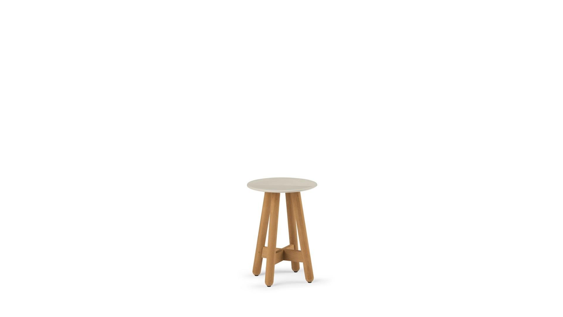 DEDON-Mbrace-Side_table_small_chalkH.jpg