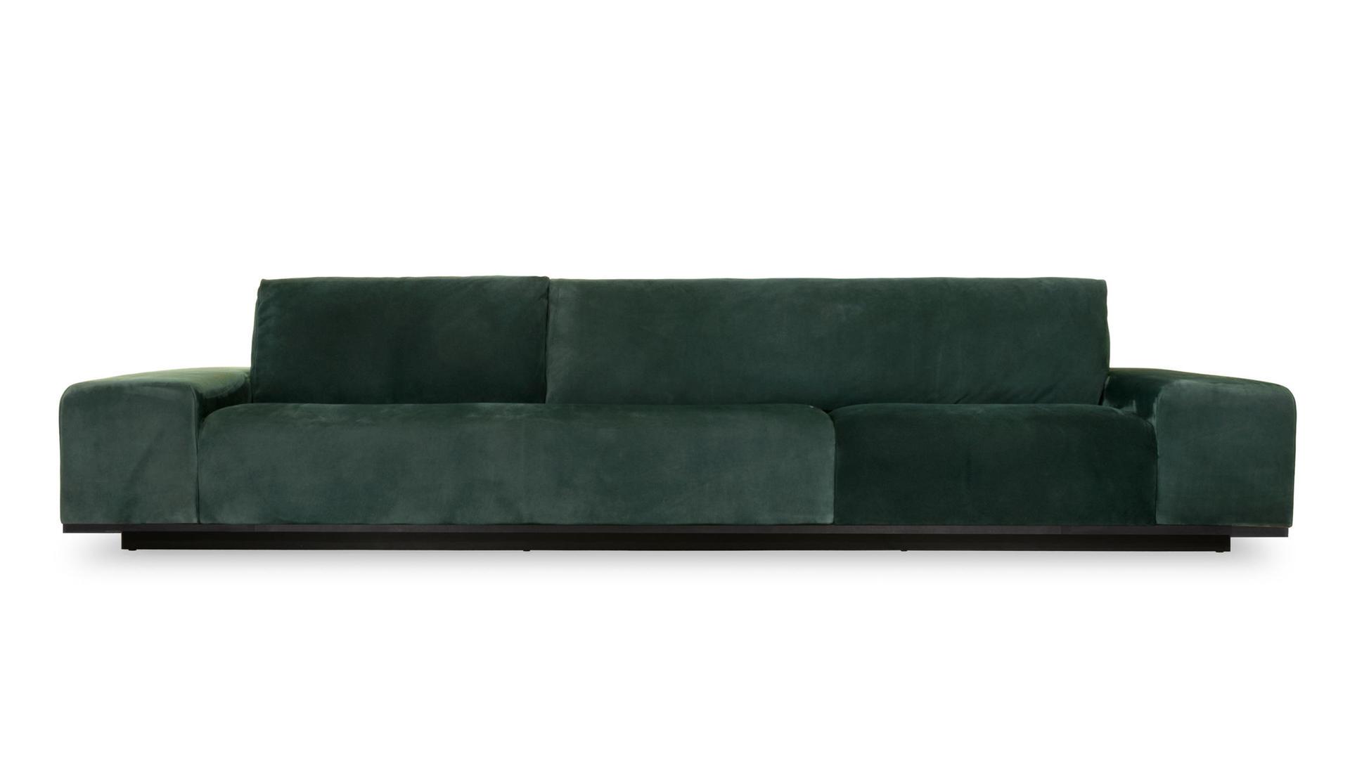 Monsieur sofa 1.jpg