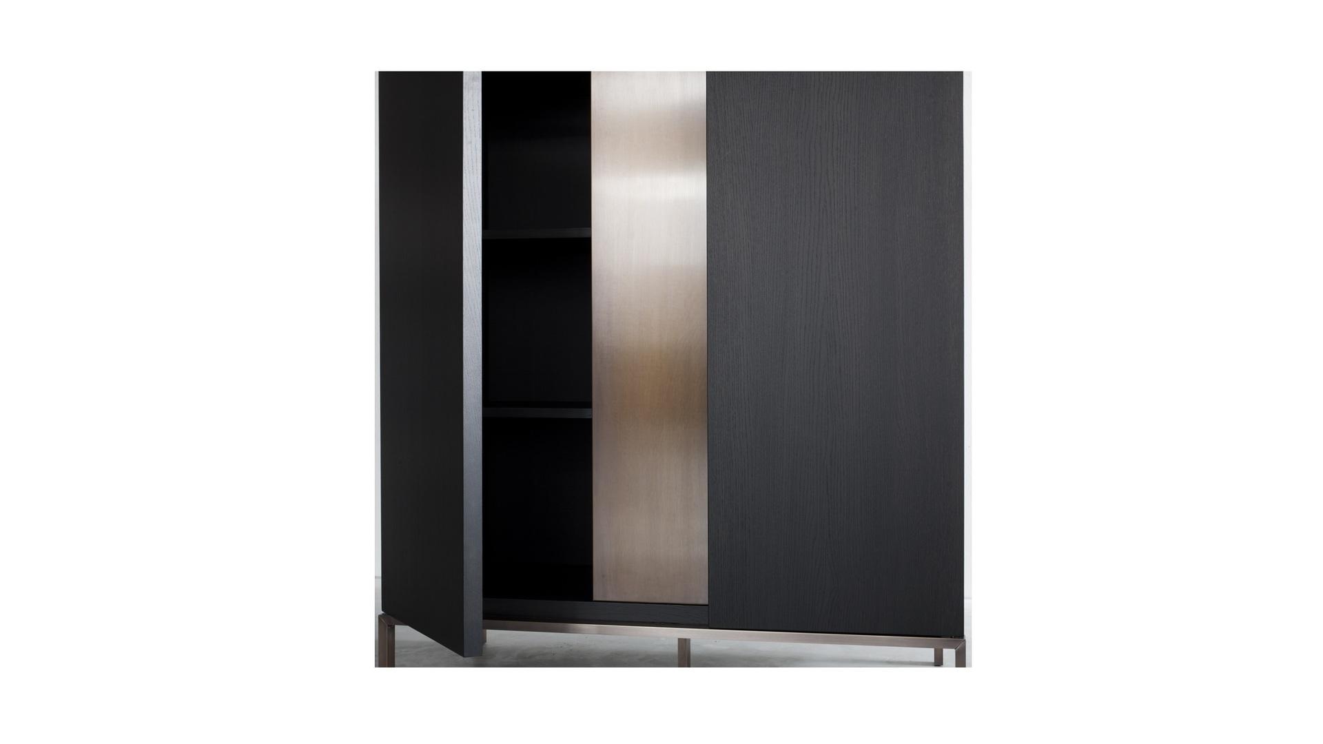 Nota Bene low cabinet (2) klein.jpg