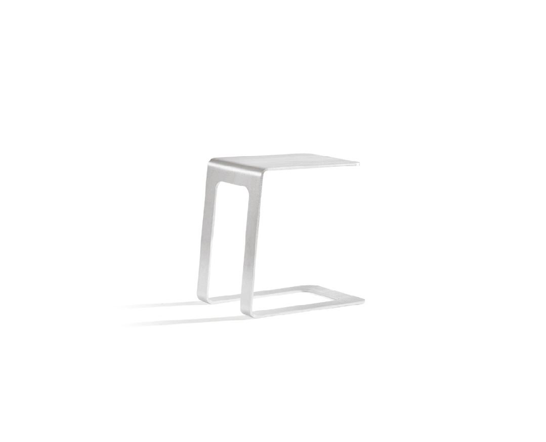 Open side table 1.png