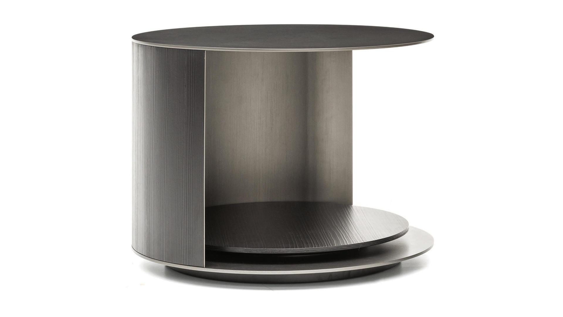 Richer coffee table low.jpg