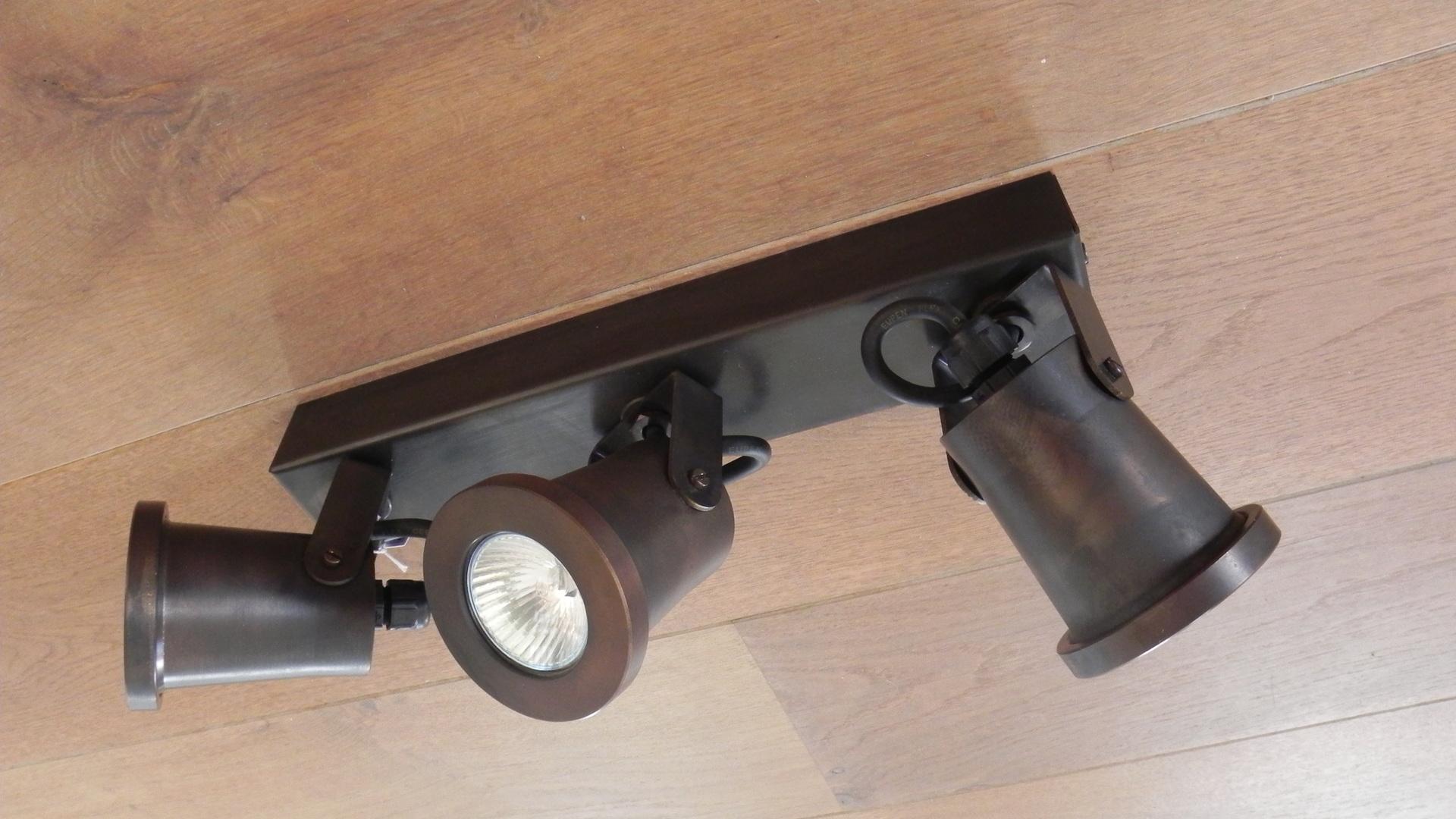 Nyche San Remo XL Ceiling 3 lightings - Hora Barneveld 1.jpg
